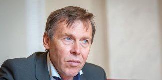 Нардеп: Українці змушені шукати кращого життя за кордоном - today.ua