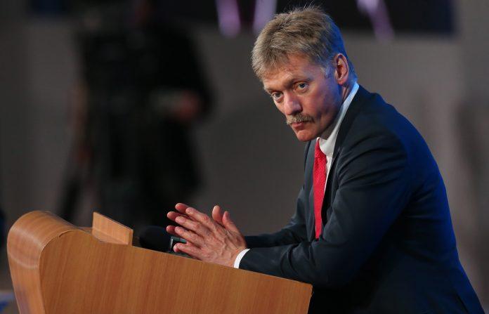 У Кремлі відмовились коментувати, чому Путін не привітав Порошенка з Днем перемоги - today.ua