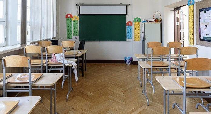 Поліція знайшла винного в отруєнні дітей у миколаївській школі - today.ua