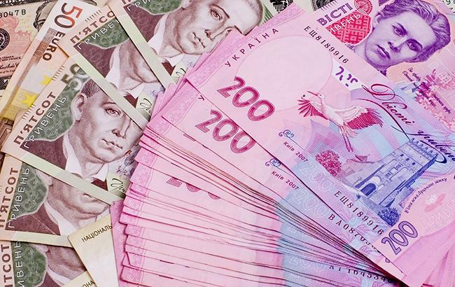 Долар в Україні за тиждень до Нового року подешевшав