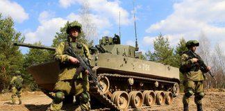 На Донбасі в результаті обстрілу постраждали військові медики - today.ua