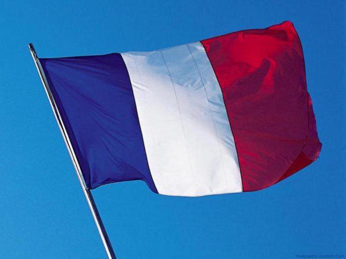 Франция усиливает охрану религиозных учреждений из-за теракта в Новой Зеландии - today.ua