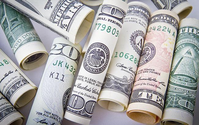 Курс долара на сьогодні: валюта продовжує падати - today.ua