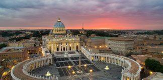 Група дітей, що їздила на відпочинок до Ватикана, повернулась в Україну - today.ua