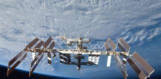 На Международной космической станции произошла утечка воздуха из-за отверстия в капсуле - today.ua