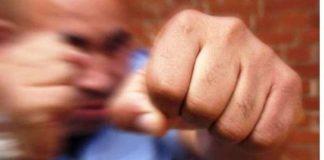 Мешканець Львівської області влаштував бійку в сауні готелю, а потім поцупив банківськи термінал - today.ua