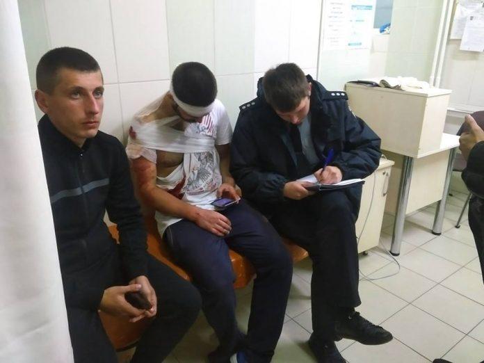 Били молотками: у Львові напали на анархістів, є поранені - today.ua