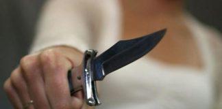 Напад в Одесі - двоє дівчат пограбували іноземця - today.ua
