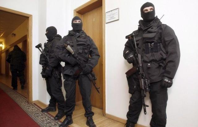 """Масові обшуки в &quotУкравтодорі"""": силовики прийшли у 15 регіональних відділень (фото) - today.ua"""