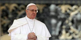 Католицьке Різдво: Папа Римський застеріг людей від ненаситної жадібності - today.ua