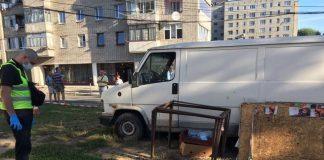 Во Львове нашли труп в салоне авто - today.ua