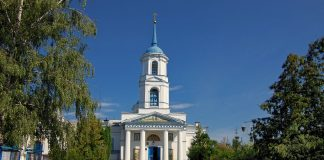 Невідомі обібрали скриньку пожертв у сумській церкві - today.ua