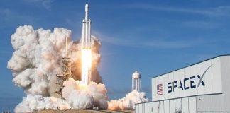 Илон Маск: первым космическим туристом компании SpaceX станет японский миллиардер - today.ua