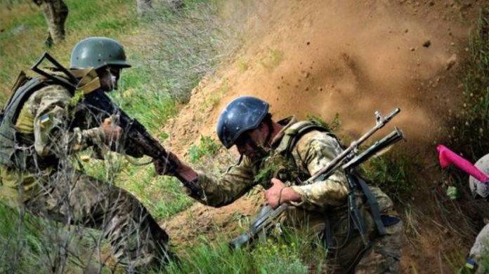 Доба на Донбасі: один військовослужбовець загинув, двоє зазнали поранень - today.ua