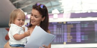 Как уехать за границу с ребенком без согласия одного из родителей - today.ua
