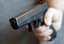 """""""Передчасно"""": Зеленський відповів на петицію про легалізацію зброї - today.ua"""