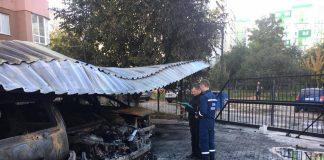 Одночасно п'ять автівок згоріли в Одесі (фото) - today.ua