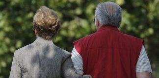 Новая поправка: украинцы смогут получать пенсию умершего мужа или жены - today.ua