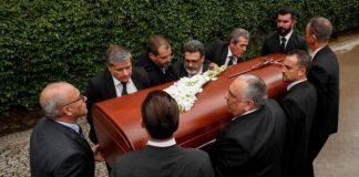 В Барселоне состоялись похороны Монсеррат Кабалье - today.ua