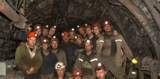 """Три дні під землею: луганські шахтарі вимагають відставки Насалика"""" - today.ua"""