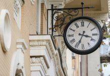 """Перехід на """"зимовий"""" час: з наступного тижня українці спатимуть на годину довше - today.ua"""
