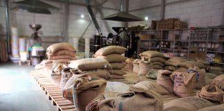 """Кава """"по-буковинські"""": правоохоронці вилучили підпільний цех по виробництву кави на Закарпатті - today.ua"""