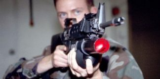Росіяни на Донбасі застосували лазерну зброю: постраждав український прикордонник - today.ua