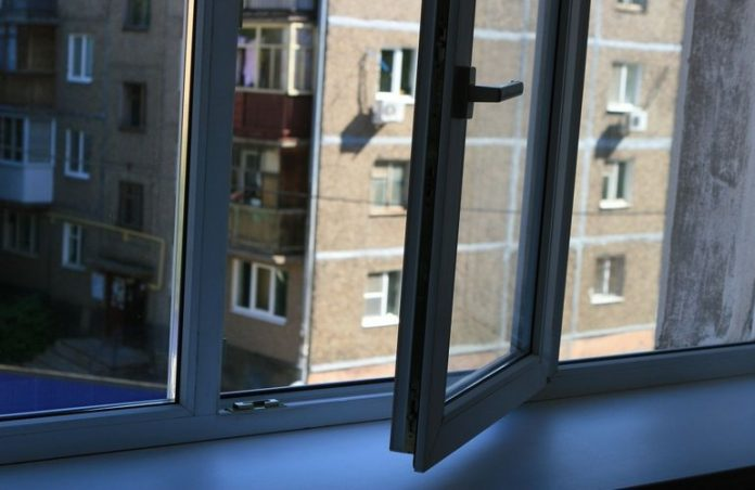 Студенты устроили стрельбу в Тернополе: расстреливали собак и уборщицу - today.ua