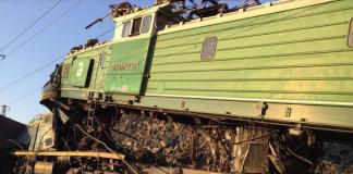 """Смертельное столкновение двух поездов в Кривом Роге: есть жертвы"""" - today.ua"""