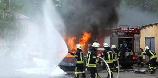 Загинули на роботі: двоє співробітників на Житомирщині згоріли в пожежі - today.ua