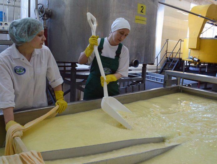 Головне, щоб «молочка» з пальмової олії не нашкодила здоров'ю – думка експерта - today.ua
