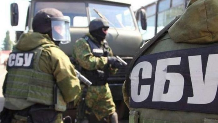 СБУ разоблачила полицейских-вымогателей - today.ua