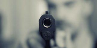 У Києві обстріляли квартиру прес-секретаря міністра Омеляна - today.ua