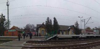 """На Київщині потяг """"Інтерсіті"""" на смерть збив дівчину у навушниках - today.ua"""