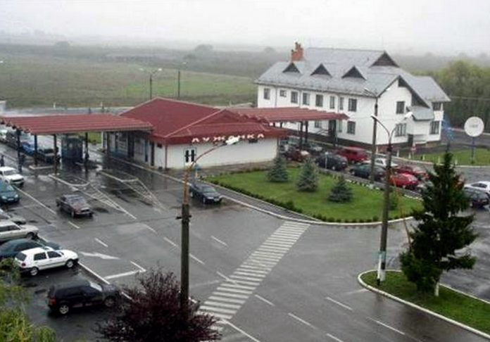 Пункт пропуска на границе с Венгрией временно закроют - today.ua