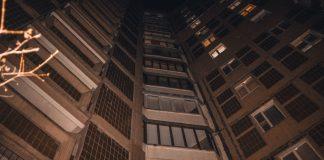 """""""Прийшла у гості та вистрибнула з вікна"""": у Києві 29-річна жінка вчинила самогубство - today.ua"""