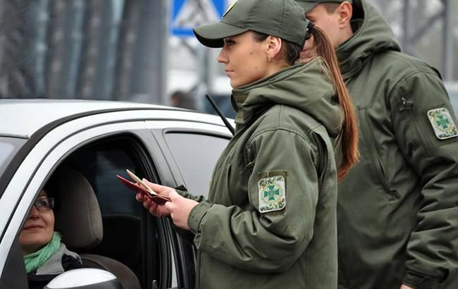 «Евробляхеры» отступили: пункты пропуска на границе разблокированы - today.ua