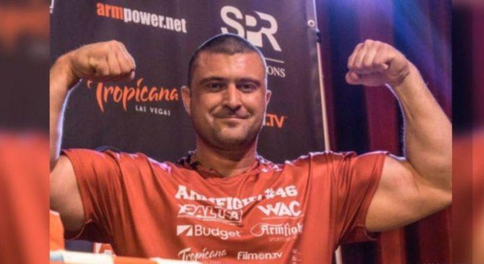 Российский армрестлер отказался от чемпионского пояса, который должен был ему отойти после гибели Пушкаря - today.ua
