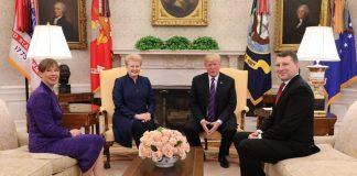Президент США осоромився на офіційній зустрічі - today.ua