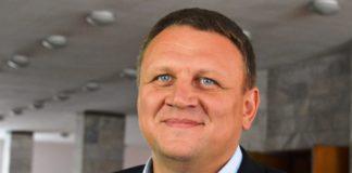 Кандидат у президенти запропонував обміняти українських моряків на кума Путіна - today.ua