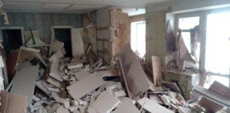 Взрыв газа на Киевщине: жильцов разрушенного дома размещают в больницы и гостиницы - today.ua
