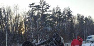 На Житомирщині відбулась страшна ДТП: загинула жінка, постраждали двоє маленьких дітей - today.ua