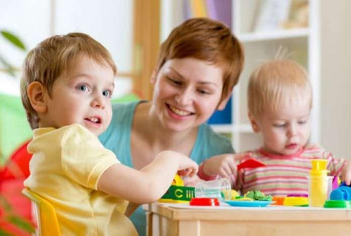 В Минсоцполитики рассказали, как будут компенсировать родителям оплату нянь для детей в возрасте до трех лет - today.ua