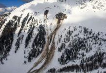 На Закарпатті троє туристів потрапили під снігову лавину, один загинув - today.ua