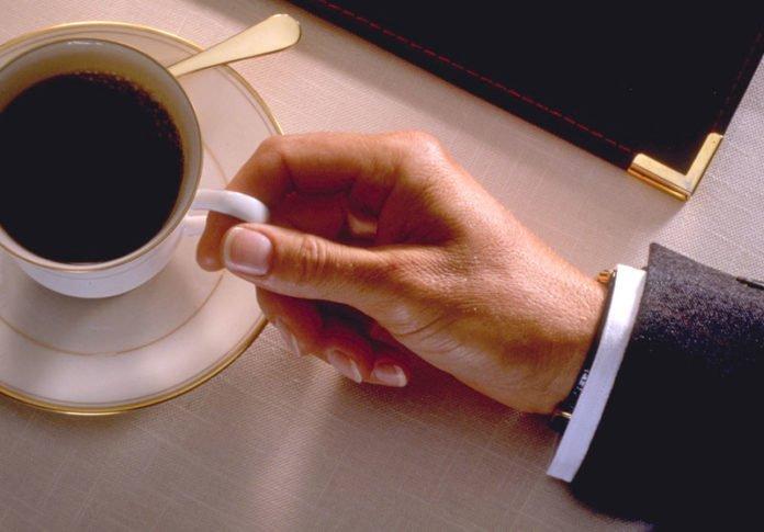 Вчені з'ясували, як кава впливає на чоловіче здоров'я - today.ua