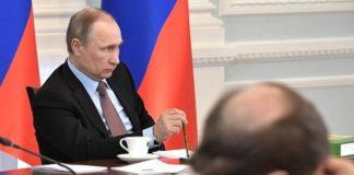 Підвищення пенсійного віку в Росії вдарило по рейтингу Путіна, - політтехнолог - today.ua