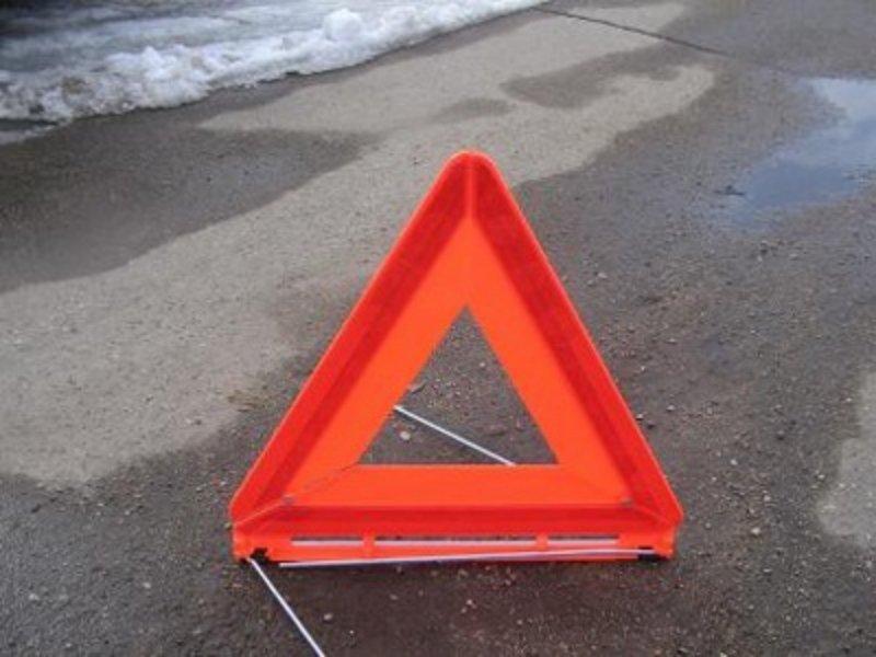 На трасі Одеса-Мелітополь зіткнулися військові автомобілі: один контрактник загинув - today.ua