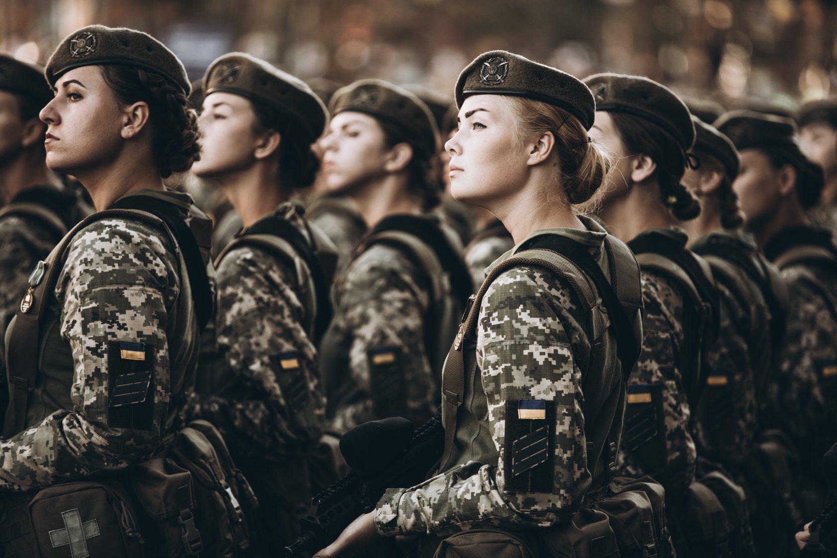 В Україні дівчата тепер зможуть навчатись у військових ліцеях - today.ua