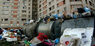 Оккупированный Донецк завален мусором - today.ua