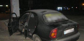 В Запорожье мужчина ударил ножом таксиста и похитил его авто - today.ua